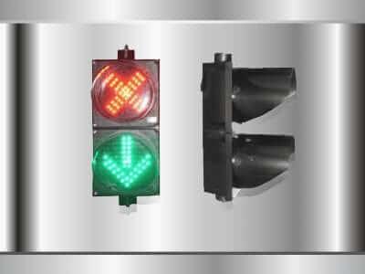 สัญญานไฟจราจร แบบสองดวงมีสัญลักษณ์หรือลกศร